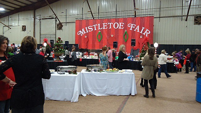 Junior League of Texarkana Mistletoe Fair