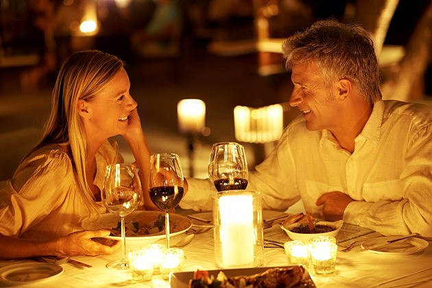 Couple-Having-A-Romantic-Dinner-Credit-iStock-630x420
