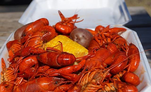 crawfish tray credit Mimi Campbell Townsquare Media