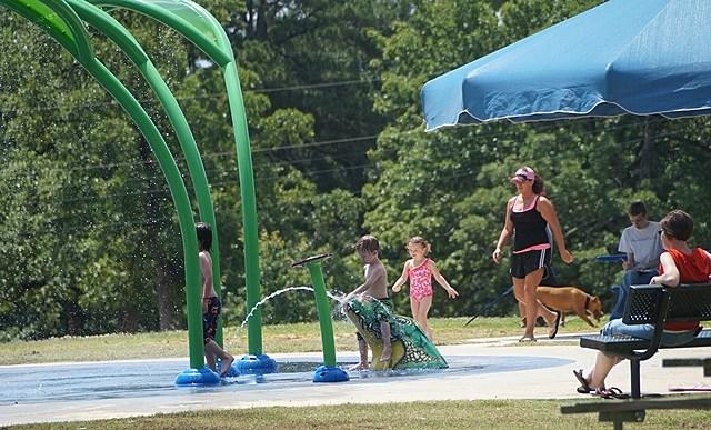 Rotary Club Splash Pad/Mimi Campbell at Townsquare Media
