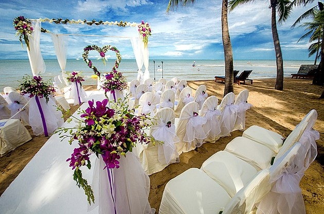Wedding setting on a tropical beach